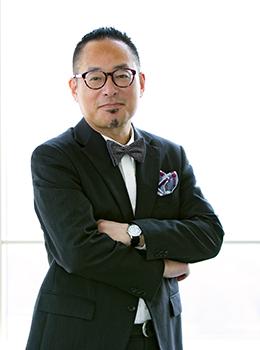 経営学部長 若木宏一写真